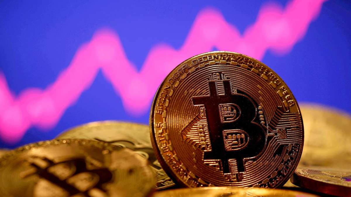 Bitcoin ends volatile week as US and Chinese regulatory concerns rattle markets