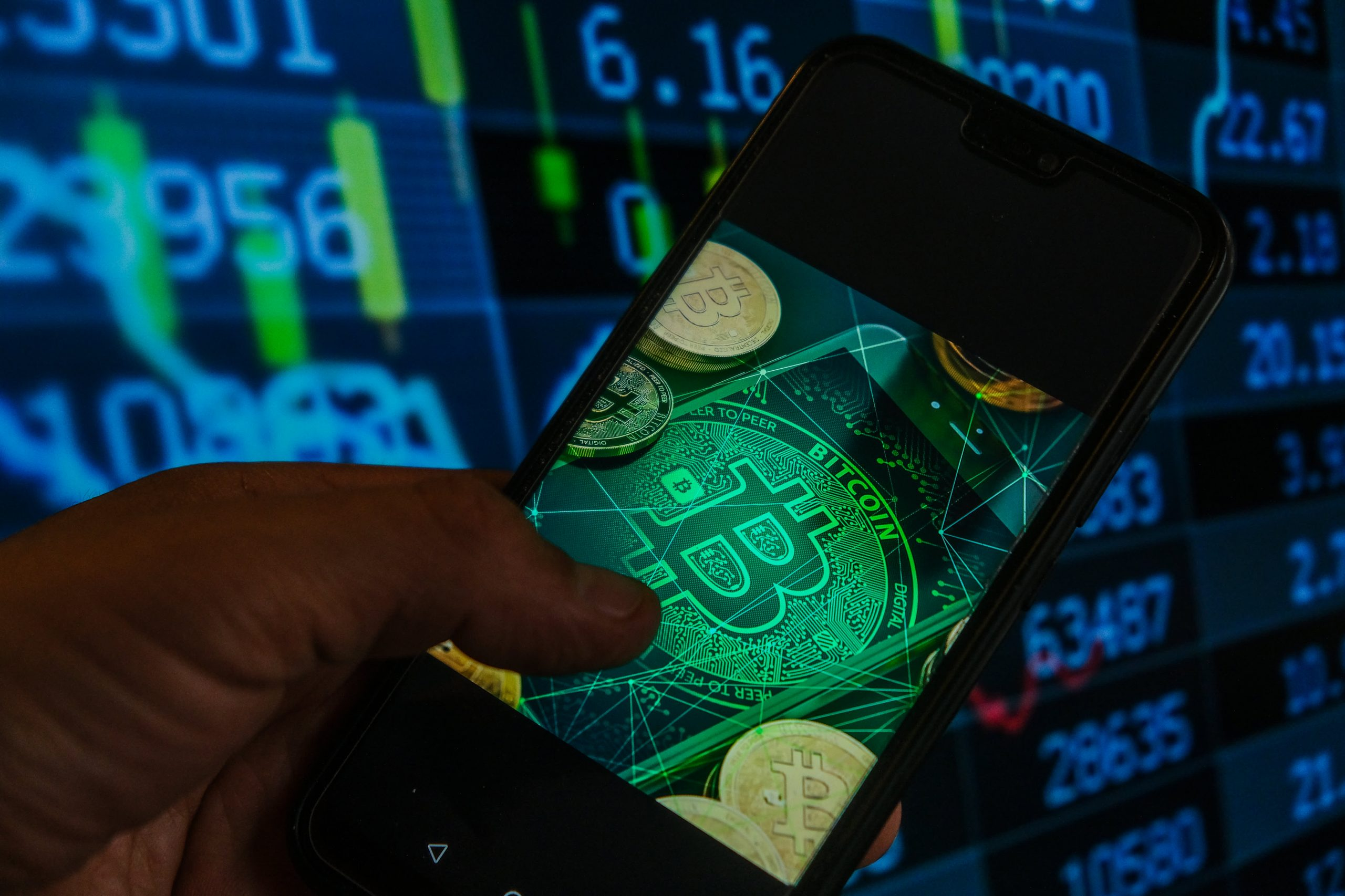 Investors want a bitcoin ETF, Van Eck CEO says after SEC delays again