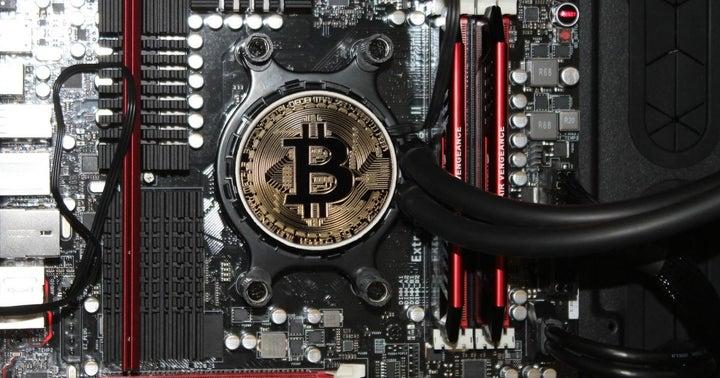 Spacelens: Leveraging Blockchain In E-Commerce